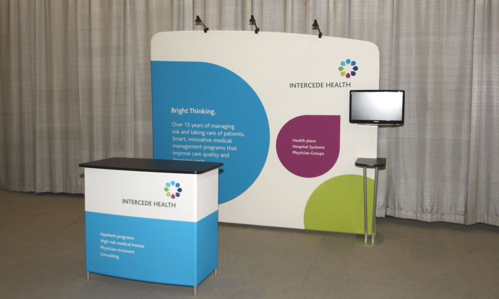 pop up trade show display with tv mount